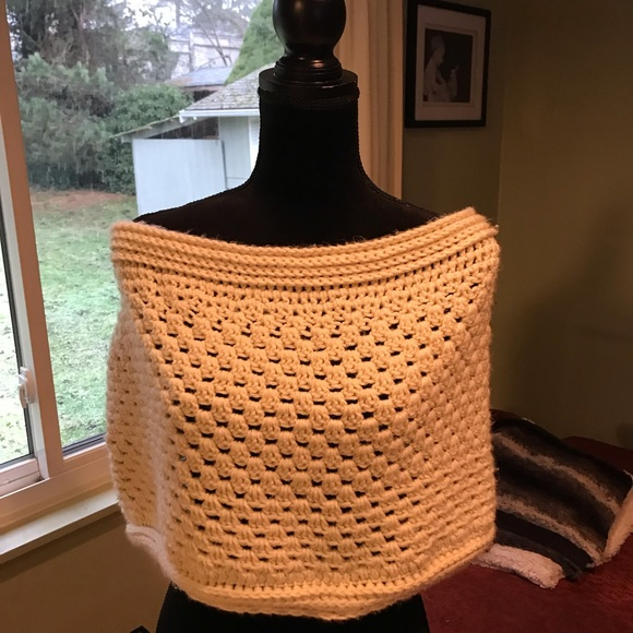 Accessories - Hand knit cream scarf!